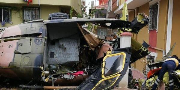 İstanbul'da bir mahalleye askeri helikopter düştü! 4 asker şehit oldu