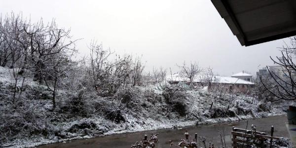 Turgutlu'da kar yağışı etkili oldu, yüksek kesimler karla kaplandı