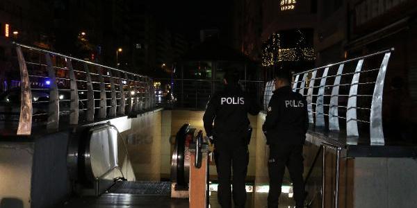 Osmanbey Metro Durağında bir kişi raylara düştü: Seferlerde aksama yaşandı