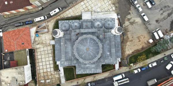 Cumhurbaşkanı Erdoğan'ın açacağı Esenler Millet Bahçesi ve taş cami havadan görüntülendi