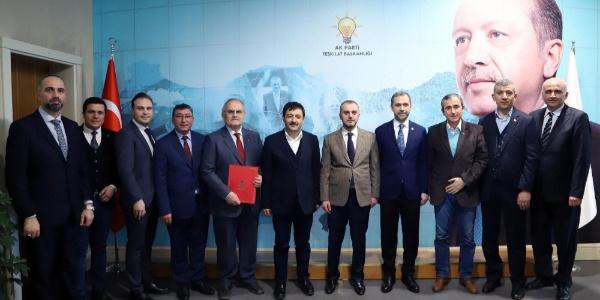 Isparta AK Parti'de 4 ilçenin belediye başkan adayı açıklandı