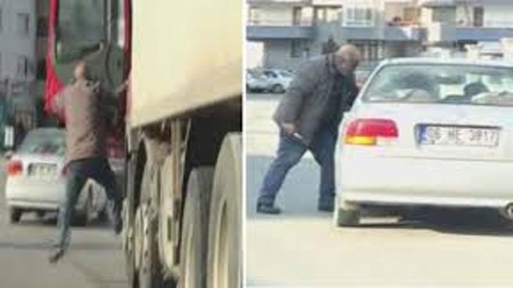 Başkentte trafikte ölümüne kavga kameralara anbean yansıdı