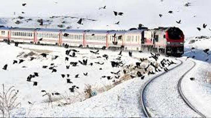 BakanMehmet Nuri  Ersoy, Doğu Ekspresi'yle Kars'a gitti