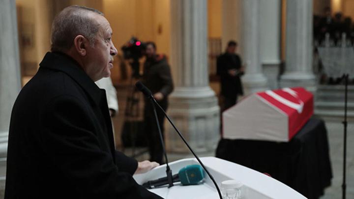 Cumhurbaşkanı Erdoğan, tarihçi Kemal Karpat için düzenlenen törende