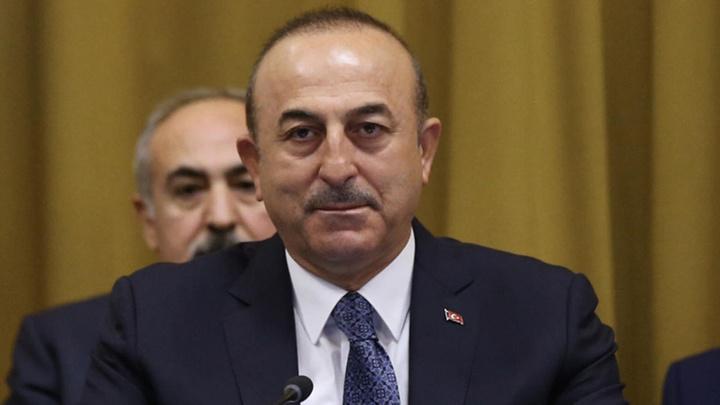 """Dışişleri Bakanı Çavuşoğlu, """"S-400'ler ile ilgili açıklamaya gerek yok zaten bitmiş bir anlaşmadır. Başkalarından gelen açıklamalar bizi ilgilendirmez"""" dedi."""