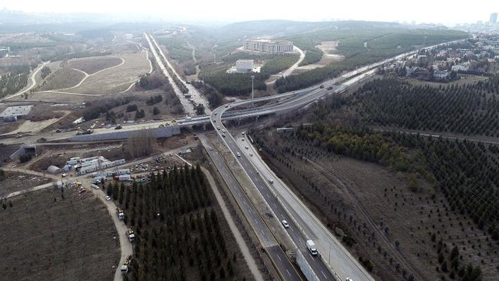 Ankara Büyükşehir Belediyesi asfalt ve yol yapım çalışmalarını aralıksız sürdürüyor