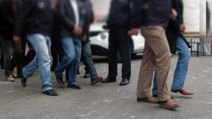 Kilis'te FETÖ'nün askeri mahrem yapılanmasına operasyon: 7 gözaltı