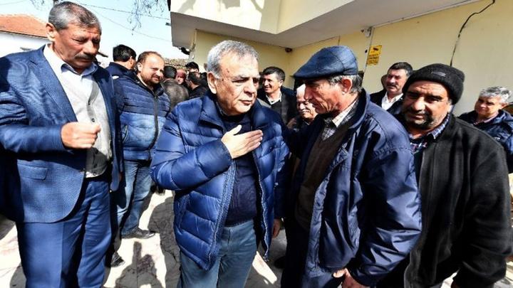 """Aziz Kocaoğlu: """"İzmir örnek olsun"""""""