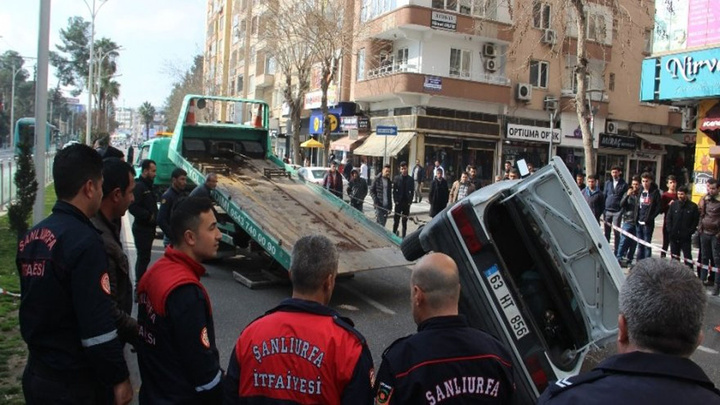 Şanlıurfa'da zincirleme kazada 3 çocuk yaralandı