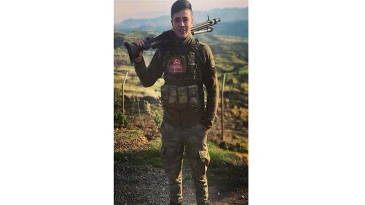 Şırnak'ta nöbette iken bilinmeyen nedenle tüfeğin ateş almasıyla hayatını kaybetti