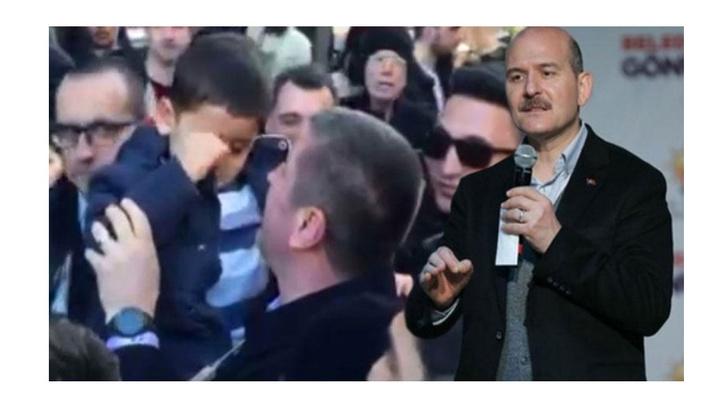 İçişleri Bakanı Süleyman Soylu'nun mitingi sırasında arabada mahsur kalan çocuk Bakan Soylu'nun çağrısıyla kurtarıldı