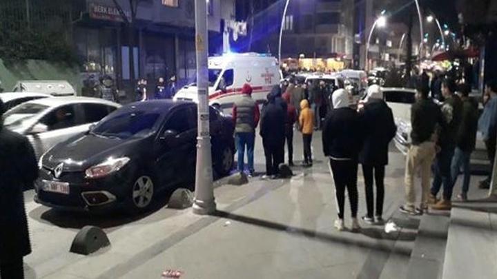 Arnavutköy'de iki kardeşi öldürülen ağabey intihar girişimi sonucu kaldırıldığı hastanede yaşamını yitirdi