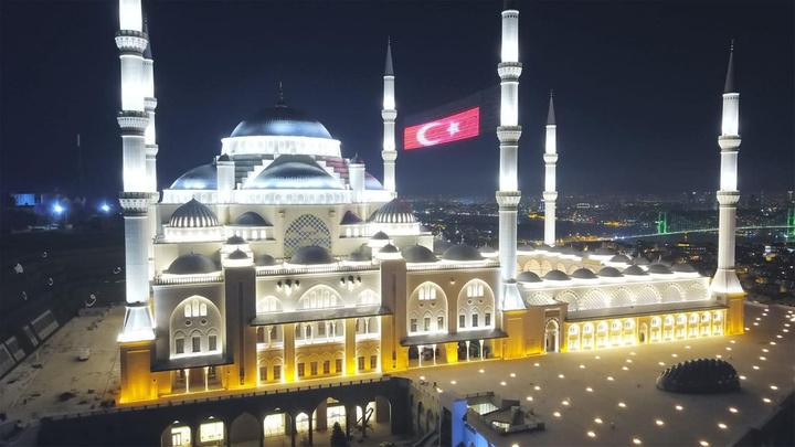 Cumhuriyet tarihinin en yüksek camisi; Çamlıca Camii ne zaman açılacak?