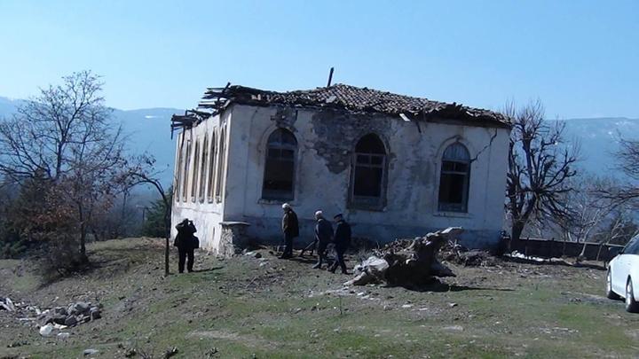 Kütahyalılar, Cumhuriyet tarihinin ilk yıllarında yapılan köy okulunun restore edilmesini istiyor
