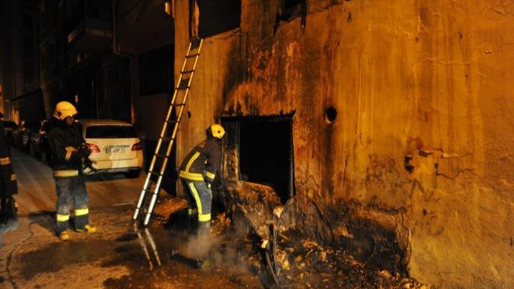 Bursa'da 2 katlı evde gece saatlerinde yangın çıktı; ev kullanılamaz hale geldi
