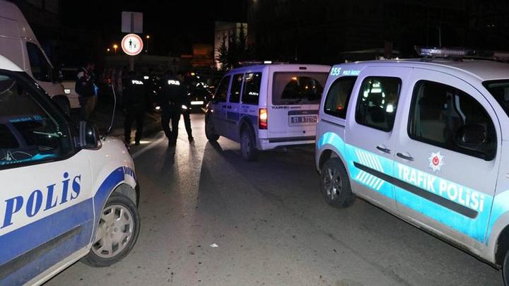 Adana'da ehliyetsiz sürücü şehri birbirine kattı