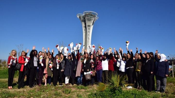 Antalya İl Tarım ve Orman Müdürlüğü çiftçi kadınları unutmadı