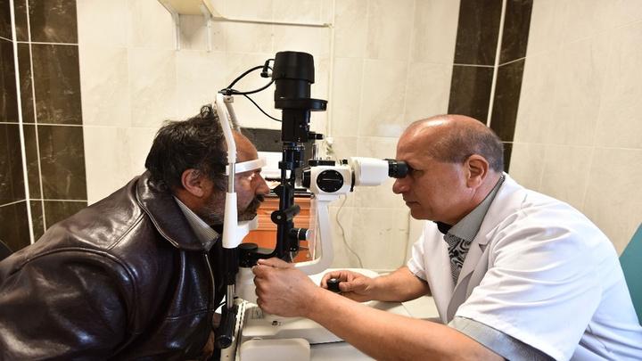 Ahlat Devlet Hastanesi'ne 1,5 yıl aradan sonra ilk defa kadrolu göz hastalıkları uzmanı atandı