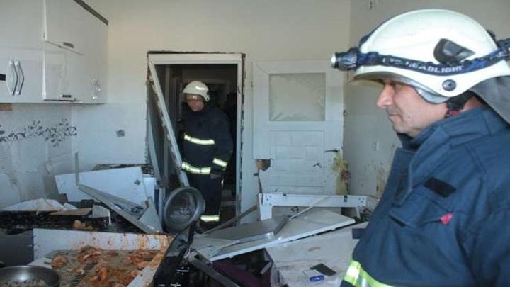 Manavgat'ta tüpgaz patlaması meydana geldi, bina sakinleri sokağa döküldü