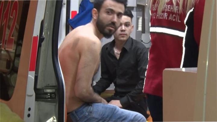 Bağcılar'da rezidans dairesinde yangın: 150 kişi tahliye edildi