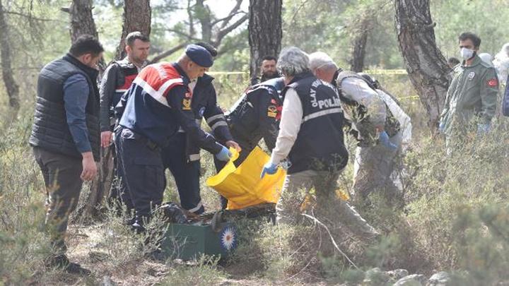 Antalya'da parçalanmış erkek cesedi bulundu