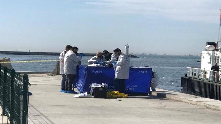 Kadıköy'de denizden 2 ceset çıktı