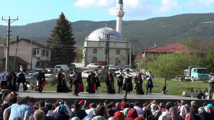 """Kiçir, Uluslar arası Kafkas Derneği'nden """"Yılın Örnek Köyü"""" ödülünü aldı"""