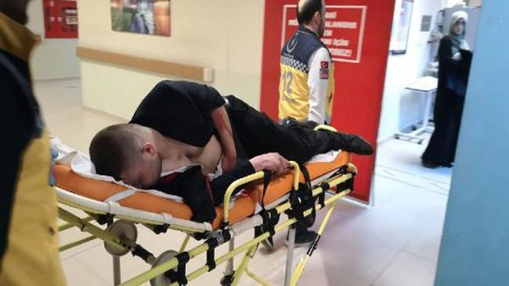 Bursa'da bir ay önce çıkan kavgada kendini bıçaklayan kişiyi pompalı tüfekle vurdu