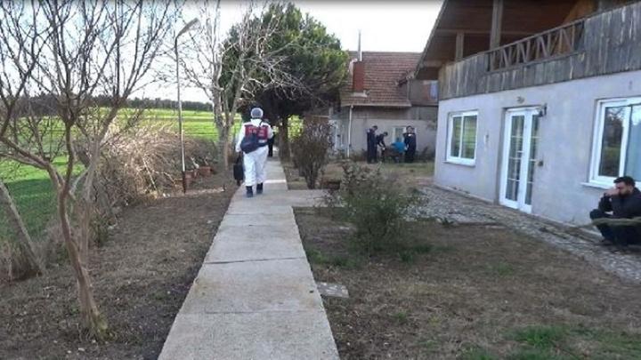 Silivri'de çiflikte yaşayan iş adamı kafasında koli bandı sarılı halde ölü olarak bulundu