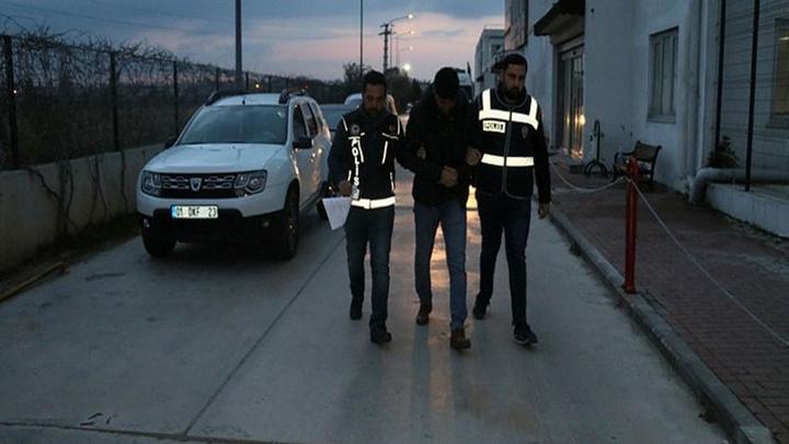 Adana merkezli 8 ile şafak vaktinde FETÖ operasyonu düzenlendi, 58 polise gözaltı kararı