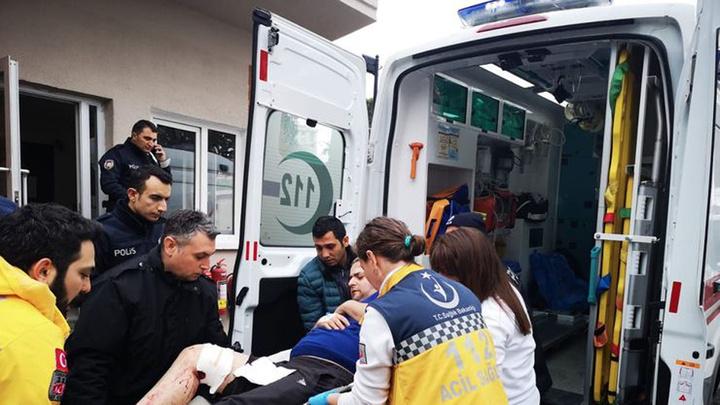 Kartal'da silahla yaralanan kişiyi hastane önüne bırakıldı