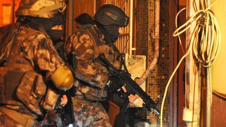 'Kırmızı Bülten'le aranan  DEAŞ'lı kadın terörist Bursa'da düzenlenen operasyonda yakalandı
