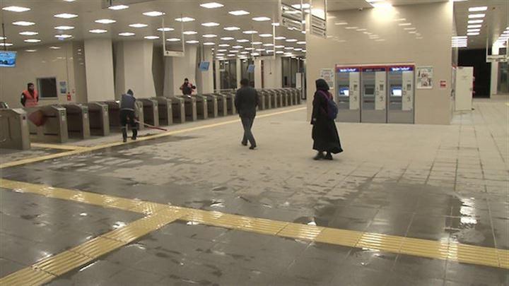 Gebze-Halkalı Banliyö Tren Hattı'nda ilk seferler başladı