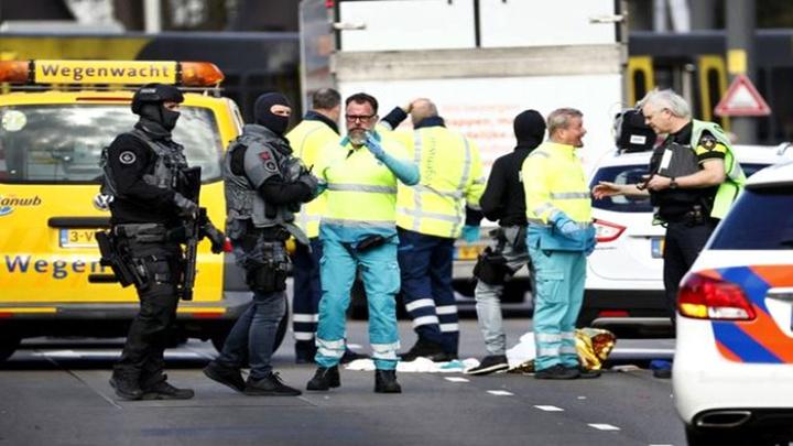 Hollanda'da tramvay durağı çevresinde silahlı saldırı: 1 ölü, 6 yaralı
