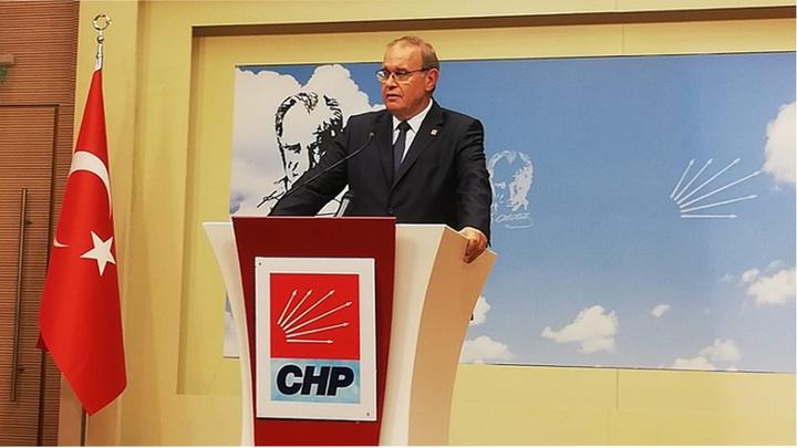 CHP Genel Başkan Yardımcısı ve Parti Sözcüsü Faik Öztrak genel merkezde basın toplantısı düzenledi