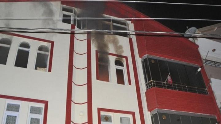 Samsun'da ocakta unutulan düdüklü tencere patladı: 2 yaralı