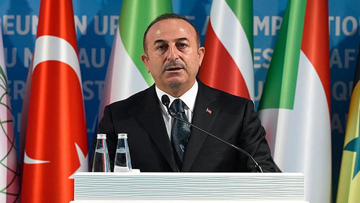 Dışişleri Bakanı Mevlüt Çavuşoğlu, İslam İşbirliği Teşkilatı basın toplantısında konuştu