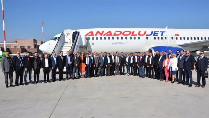 Erbil'e direkt uçuş seferleri, haftada üç gün olmak üzere başladı