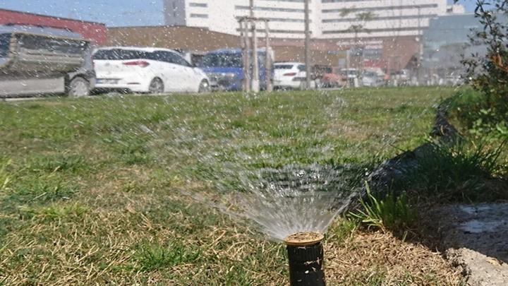 Şehir hastanelerinde peyzaj sulamaları için yağmur suyu kullanılıyor