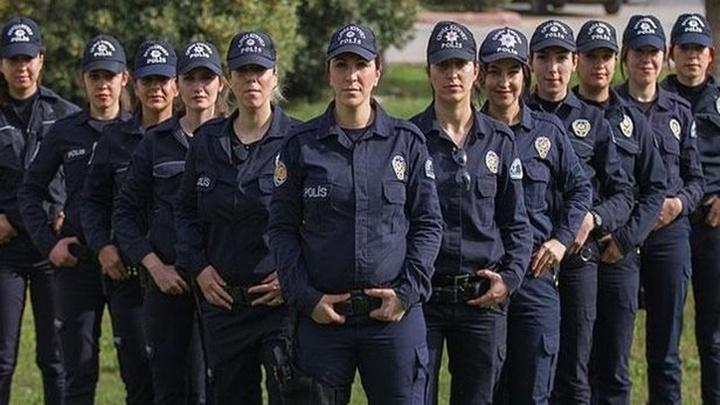 İçişleri Bakanı Süleyman Soylu karakollara 2 bin 500 kadın polis alınacağını duyurdu