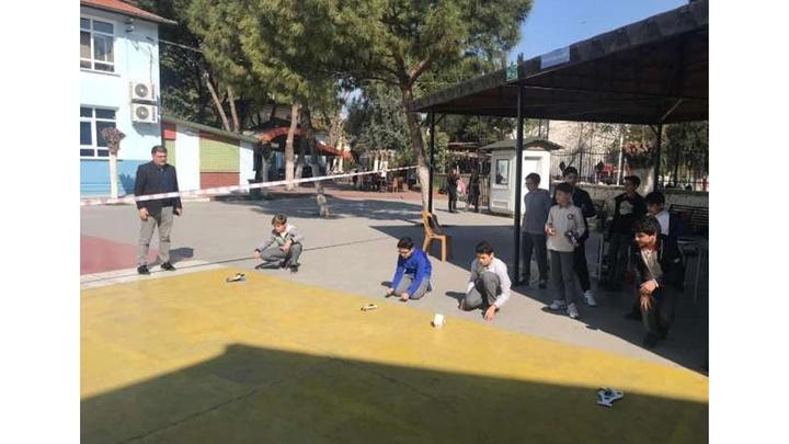 Aydın'da öğrenciler enerji dönüşümlü arabalar tasarladı