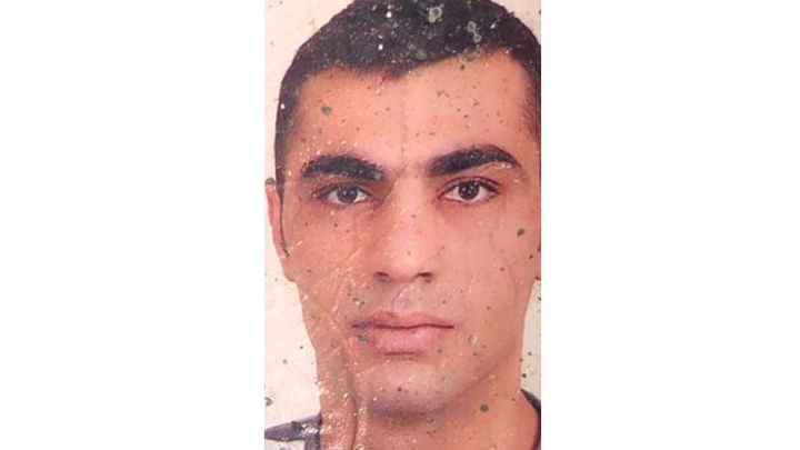 İzmir'de yol kenarında silahla vurularak öldürülmüş erkek cesedi bulundu