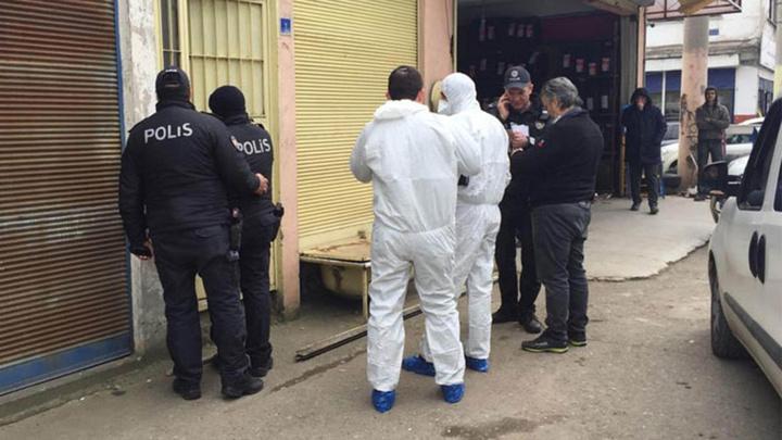 Samsun'da sanayi sitesinde bulunan dükkandan kötü kokular gelince esnafın öldüğü anlaşıldı