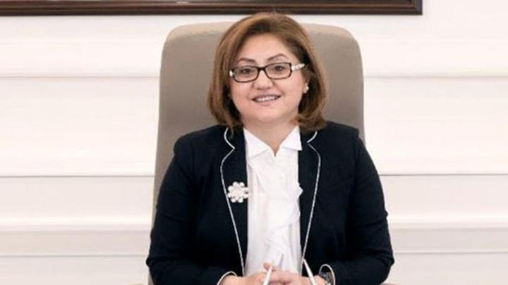 Gaziantep'te, AK Parti'li Fatma Şahin yine yeniden başkan seçildi