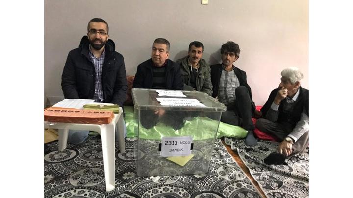 Türkiye'nin en erken biten seçimi 25 seçmenin bulunduğu Batman'ın Yolveren Köyü