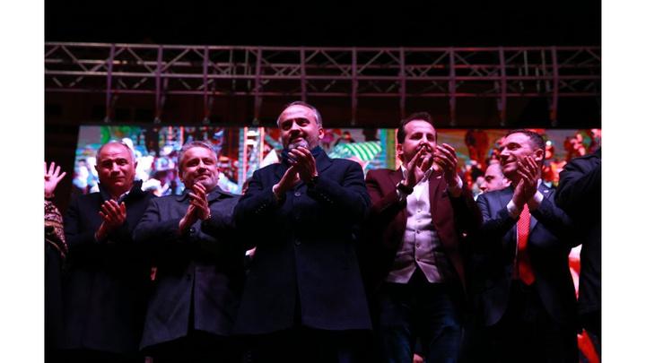 Cumhurbaşkanı Recep Tayyip Erdoğan balkon konuşması yapmadan Başkanı Alinur Aktaş'ı aradı