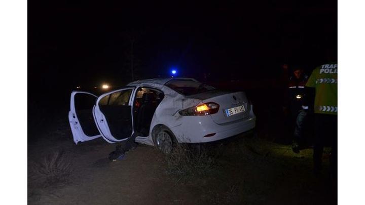 Konya'da sabaha karşı otomobilin takla attığı kazada 1 kişi öldü, 4 kişi yaralandı