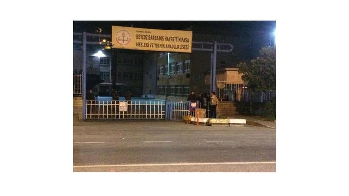 YSK'nın kararının ardından geçersiz oyların yeniden sayılacağı 7 ilçe seçim kurullarında bekleyiş devam ediyor