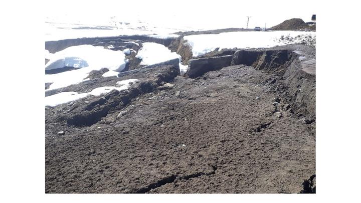 Erzurum'da meydana gelen heyelan sonucu mahallelerde su kesintisi yaşandı
