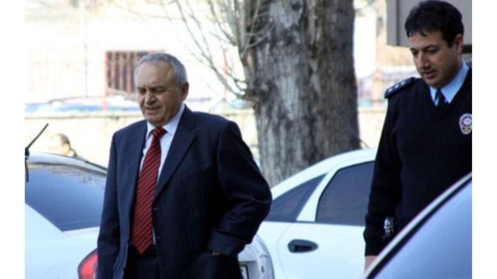 Eski Emniyet İstihbarat Daire Başkanı Sabri Uzun tutuklandı.